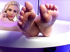 Sophia Knight Feet