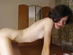 yound gal bang self on web cam